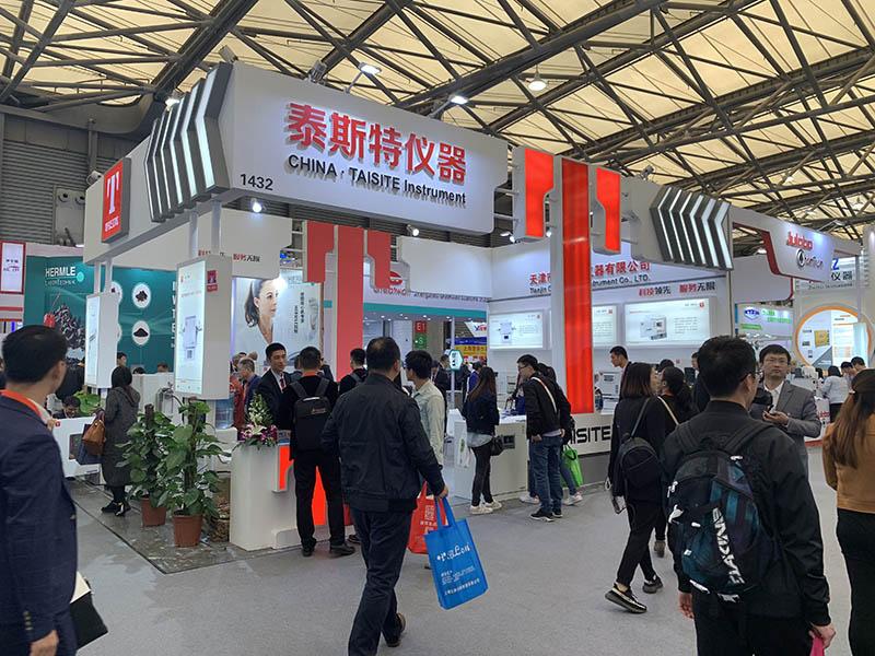 北京展台设计展台搭建中常见的问题及解决方法?